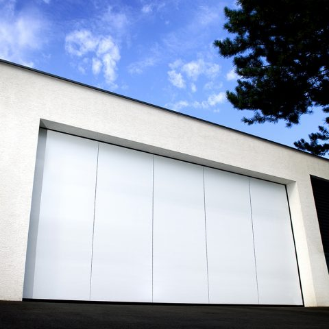 porte latérale blanche aluminium SOPROFEN